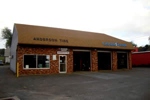 Modern Anderson Tire & Auto